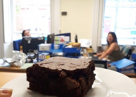 This is our busiest week for General English this year, everyone running around and then! Homestay hosts Mr and Mrs Barrowclough pop in to the office with homemade brownies! Now this is a good start to the week! We do have the best hosts!! Thank you! #happymonday #lovemyjob #homestay #homemade #englishinchester #chester